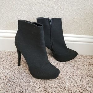 Black heel ankle boots size 8